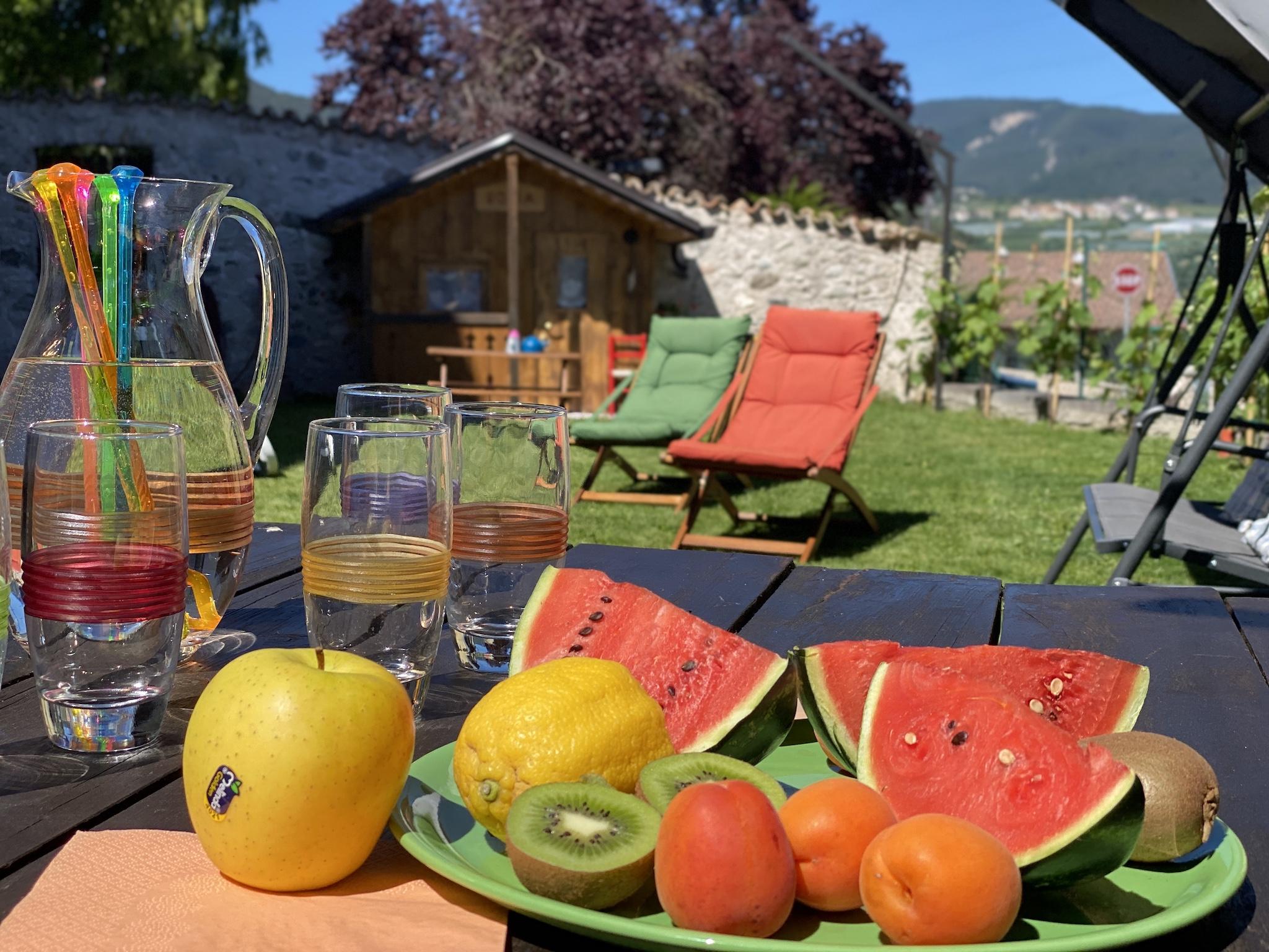 giardino-estate-agriturismo la canonica val di non